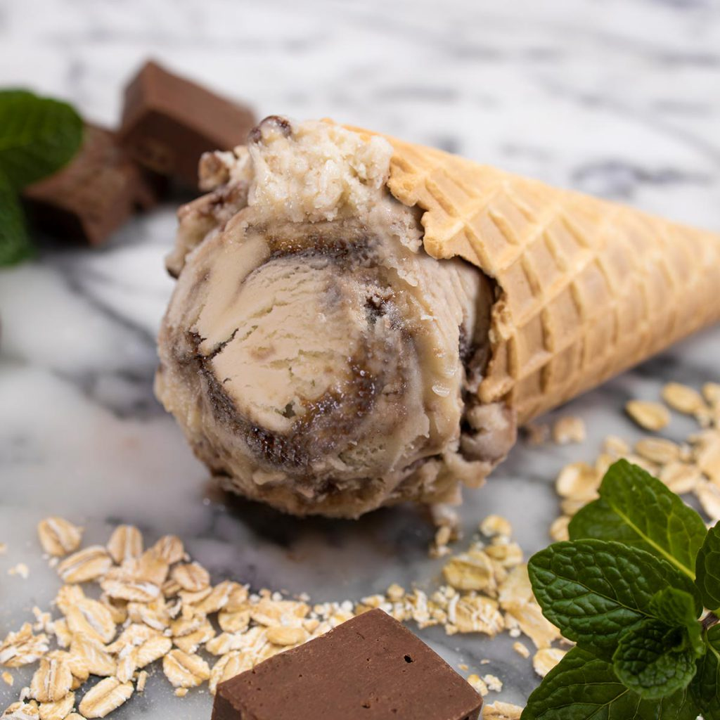 NO BULL Dairy-Free Oat-Based Frozen Dessert, Mint Chocolate Swirl cone shot